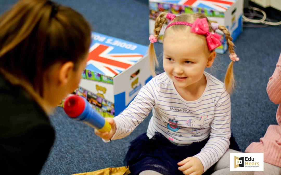 Maximizing children's language potential – Episode 8: POLISH VS. ENGLISH