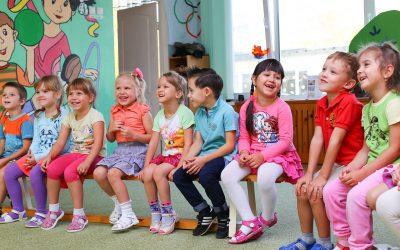 Jak często powinny odbywać się zajęcia językowe dla dzieci?